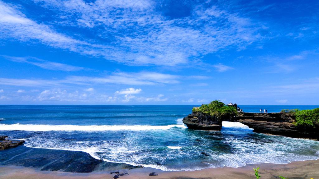 Widok na wybrzeże z Świątyni na Bali